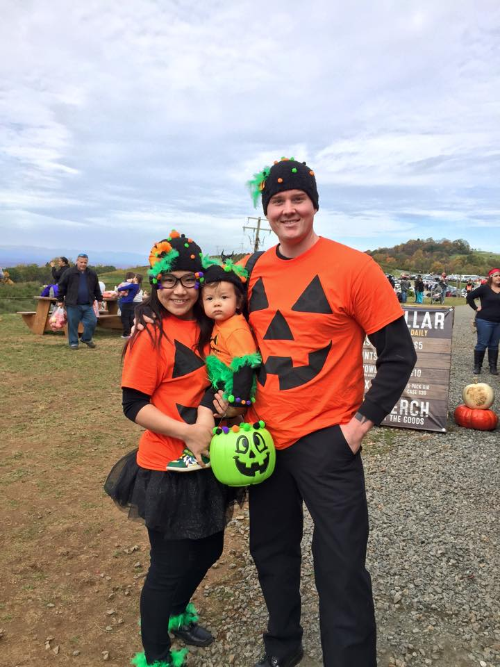 Halloween costumes at Carter Mountain Orchard