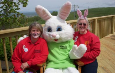 Easter Bunny at Carter Mountain Orchard