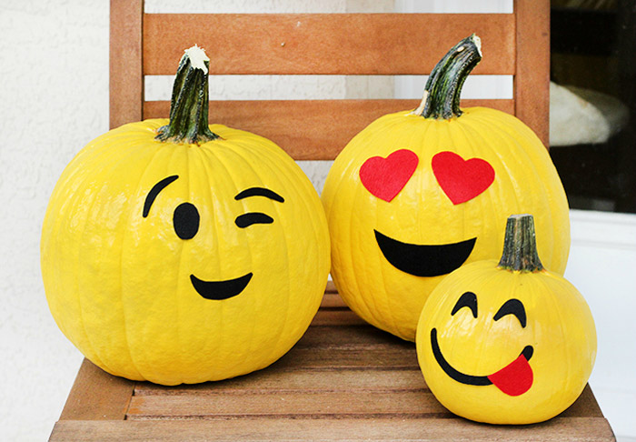Pumpkin Crafts - Emoji Pumpkins Painting