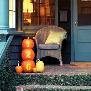 pumpkin craft house numbers
