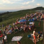 Fourth of July crowd at Carter Mountain Orchard