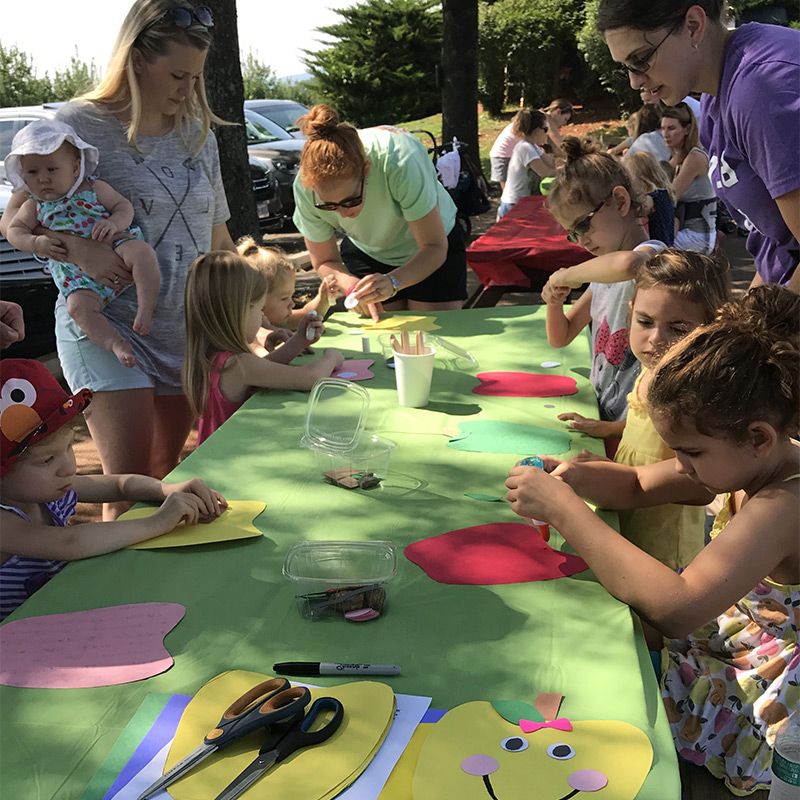 Carter Mountain children's event, Cultivating Curiosity, craft time