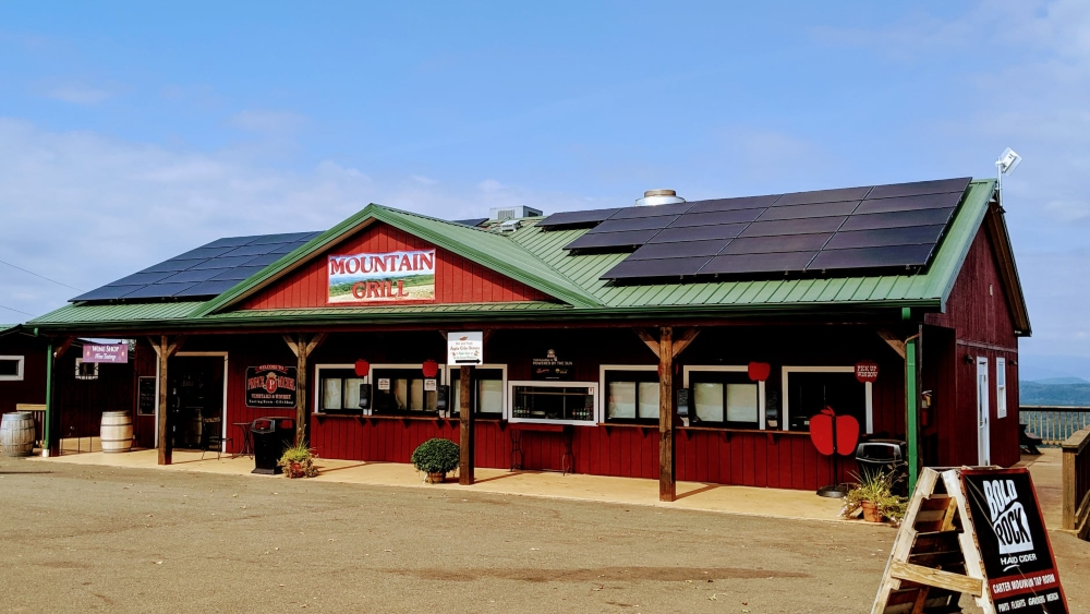 Carter Mountain Grill with solar panels on the roof