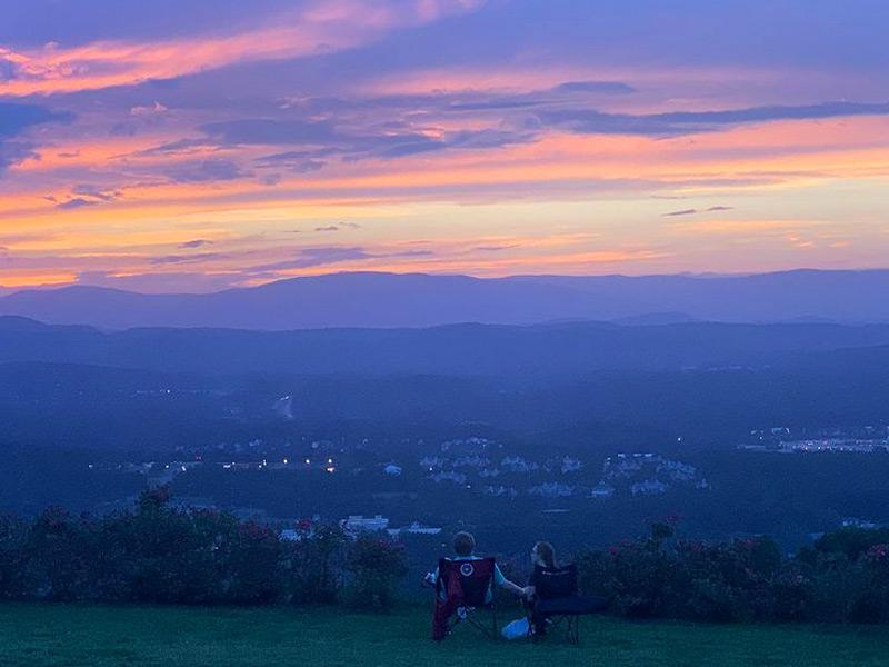 Sunset at Carter Mountain Orchard